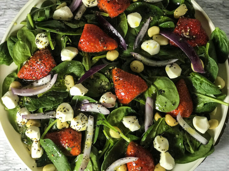 Strawberry Macadamia Salad with Spicy Poppy Seed Dressing | Low-Carb, Vegetarian