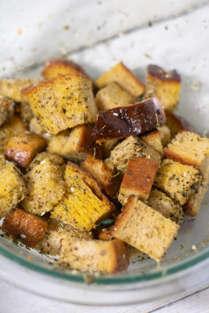 aldi zero carb bread seasoned in a glass bowl