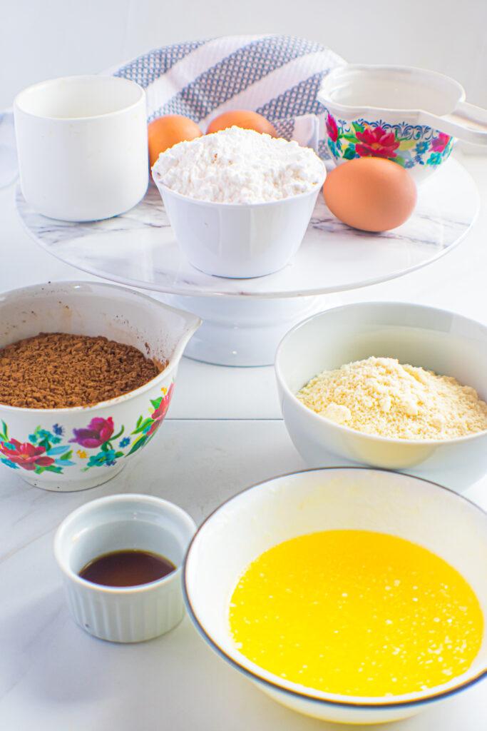 Almond flour brownie ingredients.